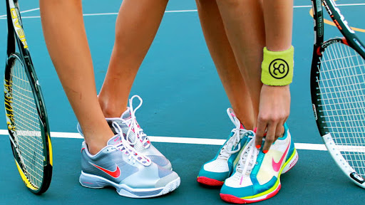 Best Lightweight  Tennis Shoes For Women