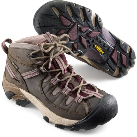 Buy The Best Shoes For Hiking Women
