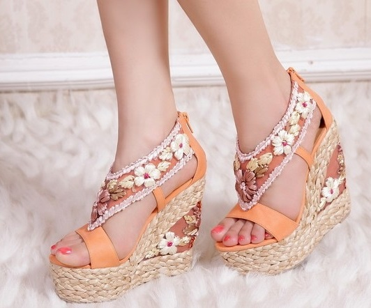 Cute XOXO Wedge Heel Sandals For Women