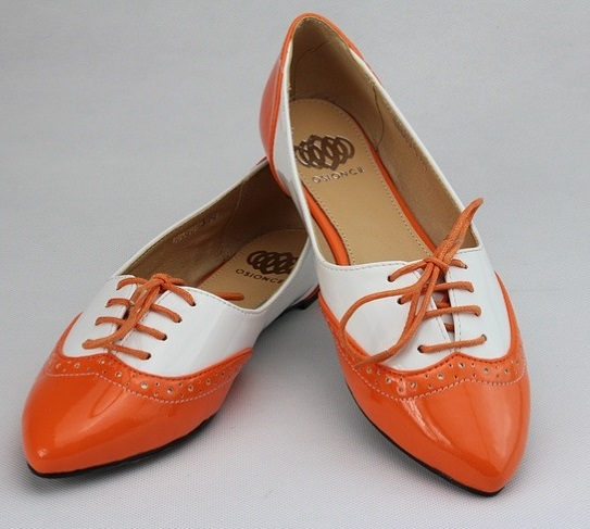 Flat Wide Width Shoes For Women