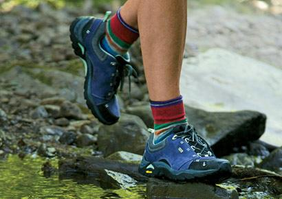 Quality Wide Hiking Shoes For Men