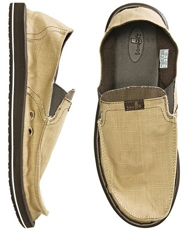 slip ons and flip flops two of the most common mens